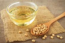 Soybean-oil-Glycine max