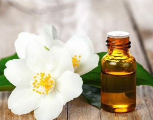 Health Benefits of Jasmine Essential Oil