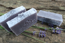 Soap-made-using-Alkanet-root-color