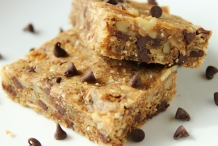 Almond-flour-granola-bars