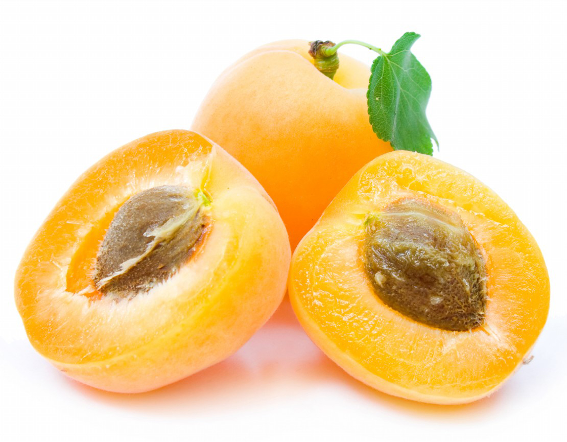 Half-cut-Apricot