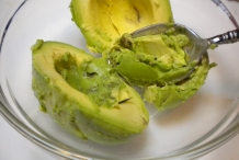 Avocado-flesh-Butter Pear