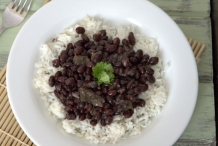Black-beans-with-rice