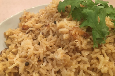 Rice-flavored-with-Black-cardamom