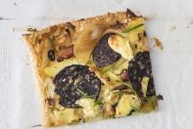 Apple,-potato-and-black-pudding-tart