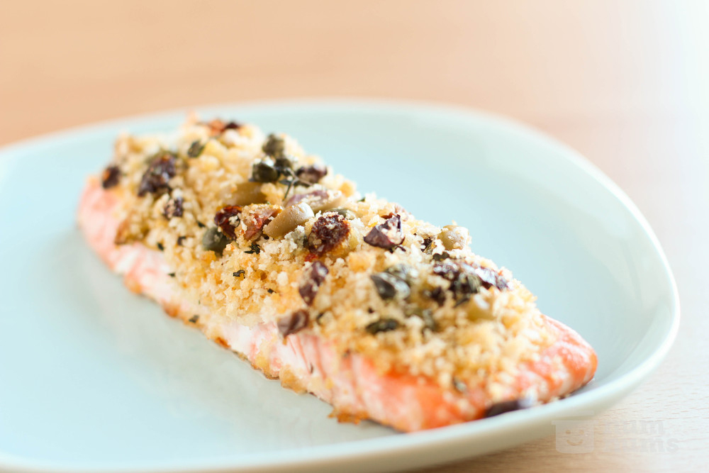 Salmon-with-breadcrumb,-olive-and-sun-dried-tomato-crust