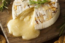 Baked-Brie-cheese