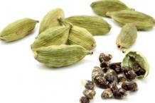 Cardamom-pods-green