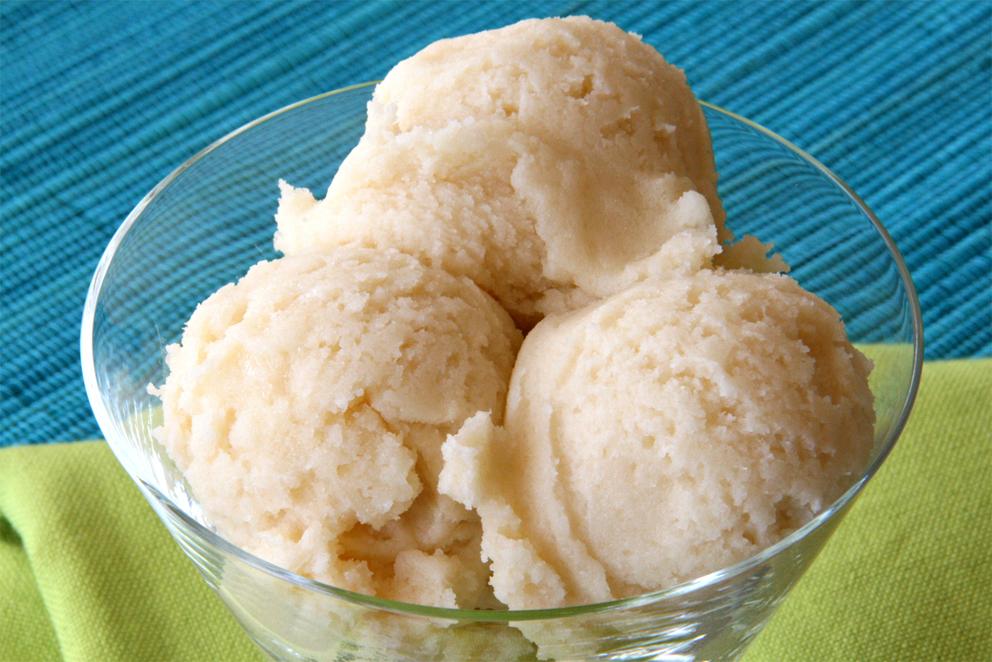 Cherimoya-Ice cream