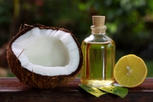 Coconut-oil-Coconut
