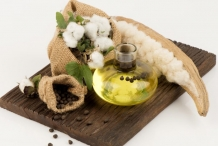 Cottonseed-oil-1