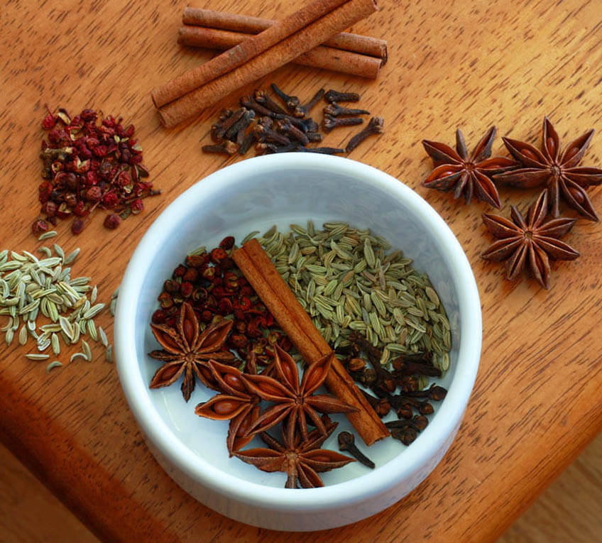 Ingredients-for-Five-spice-powder