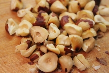 Toasted-Hazelnuts-coarsely-chopped