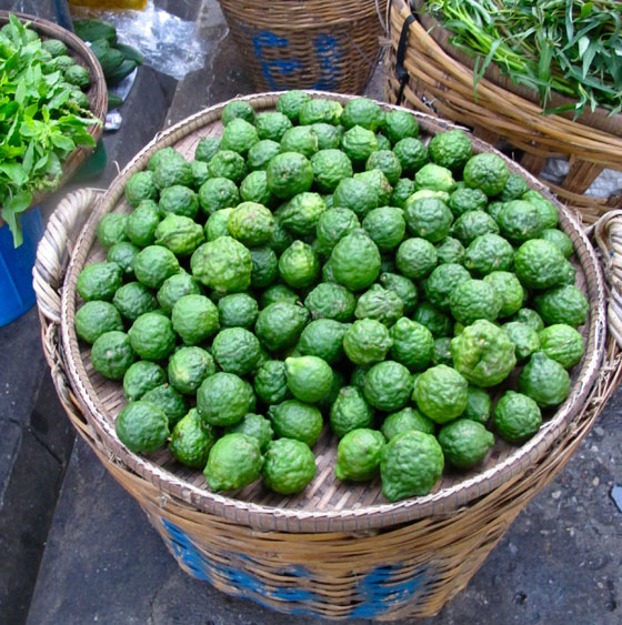 Kaffir-Lime-sold-in-market