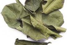 Dried-Kaffir-Lime-leaves