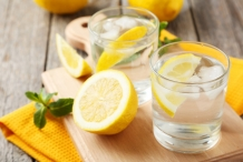 Lemon-water-4