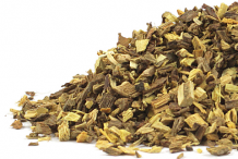 Small-dried-pieces-of-Licorice-root