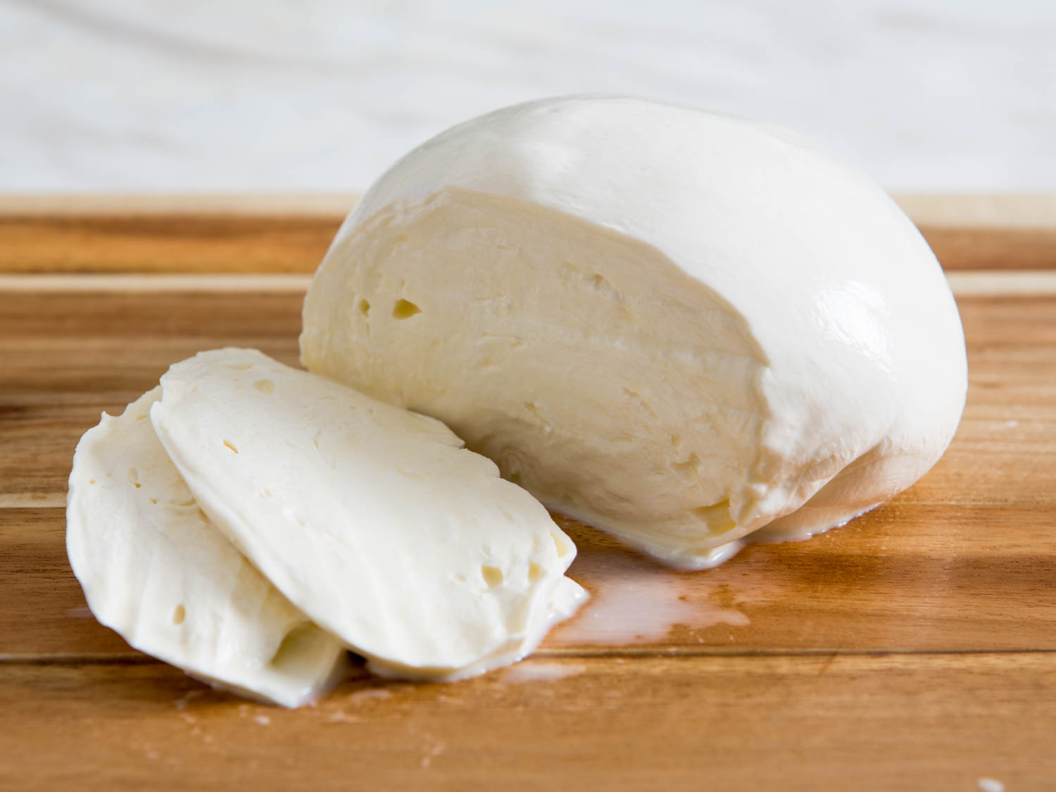 Mozzarella-cheese-2