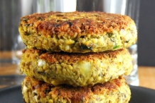 Sprouted-Mung-Bean-Veggie-Burger