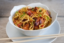 Hot-smoked-salmon-spicy-noodles