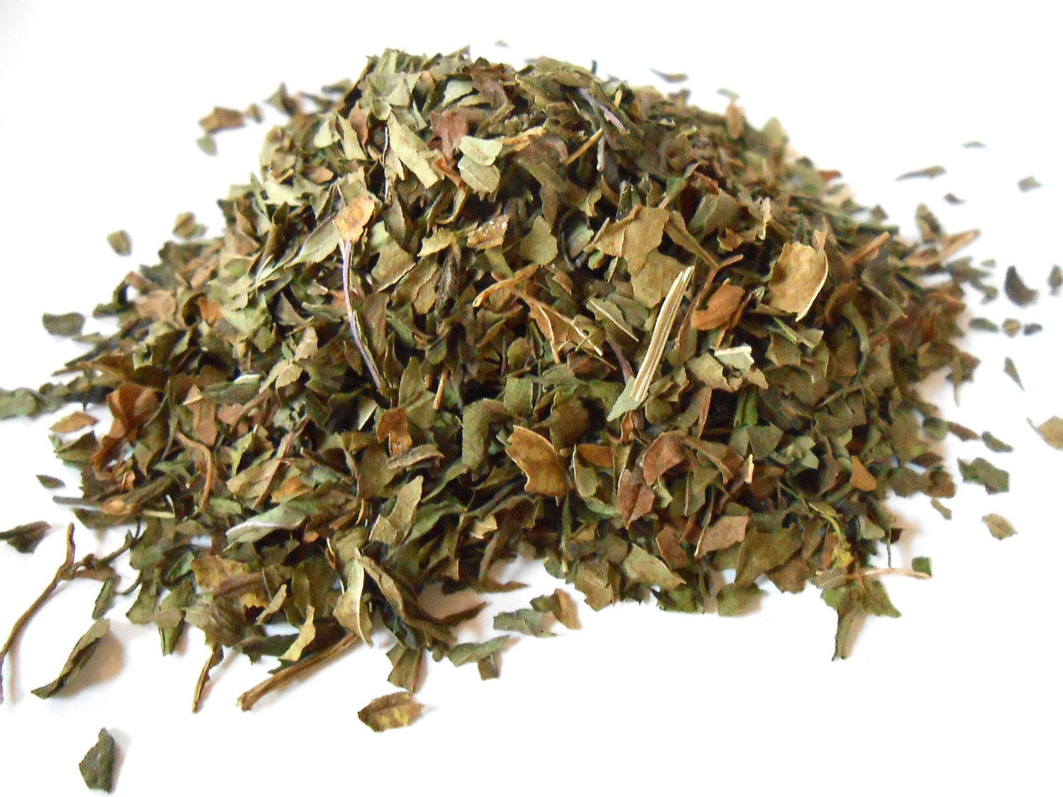 Dried-Peppermint-leaves