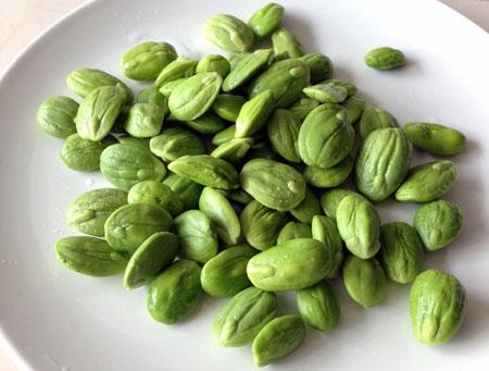 Green-Petai-Seeds
