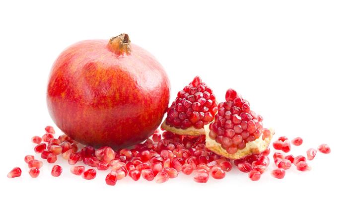 Pomegranate-fruit-cut