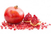 Pomegranate-fruit-cut