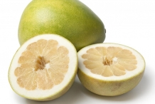 Half-cut-Pomelo-fruit