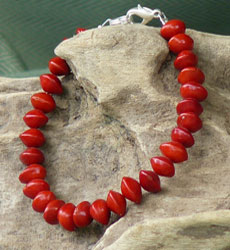 Necklace-made-from-seeds-of-Red-Bead-Tree
