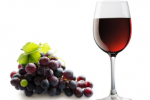 Red-Grapes-Wine
