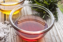 Red-wine-vinegar-1