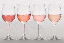 Glasses-of-Rose-wine