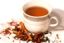 Saffron-Cinnamon-Tea