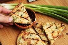 Grilled-Scallion-pancakes