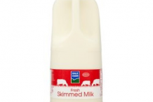 Bottle of Skimmed milk