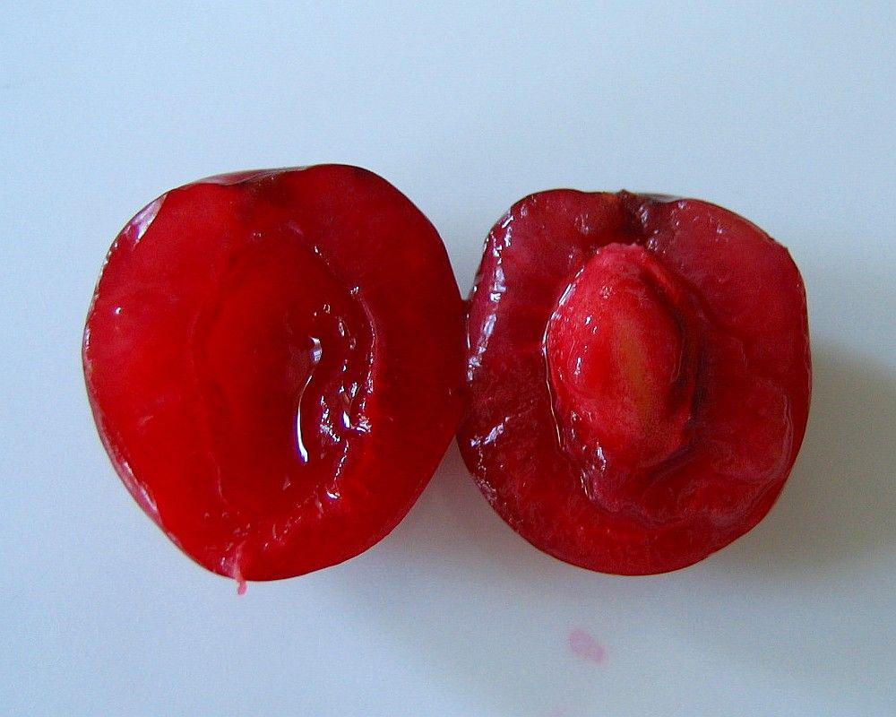 Half-cut-Sour-cherry