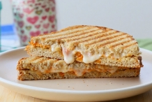 Vegan-Sprouted-Bread-sandwich