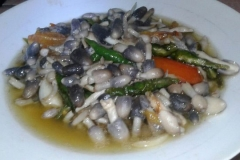 Sauteed-straw-mushrooms