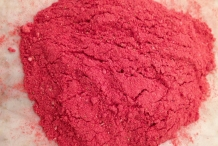 Strawberries powder