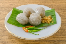 Tapioca-balls-filled-with-minced-pork