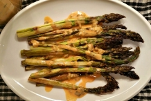 Asparagus-with-Thousand-Island-Dressing