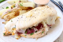 Reuben-chicken-tossed--with-Thousand-Island-Dressing