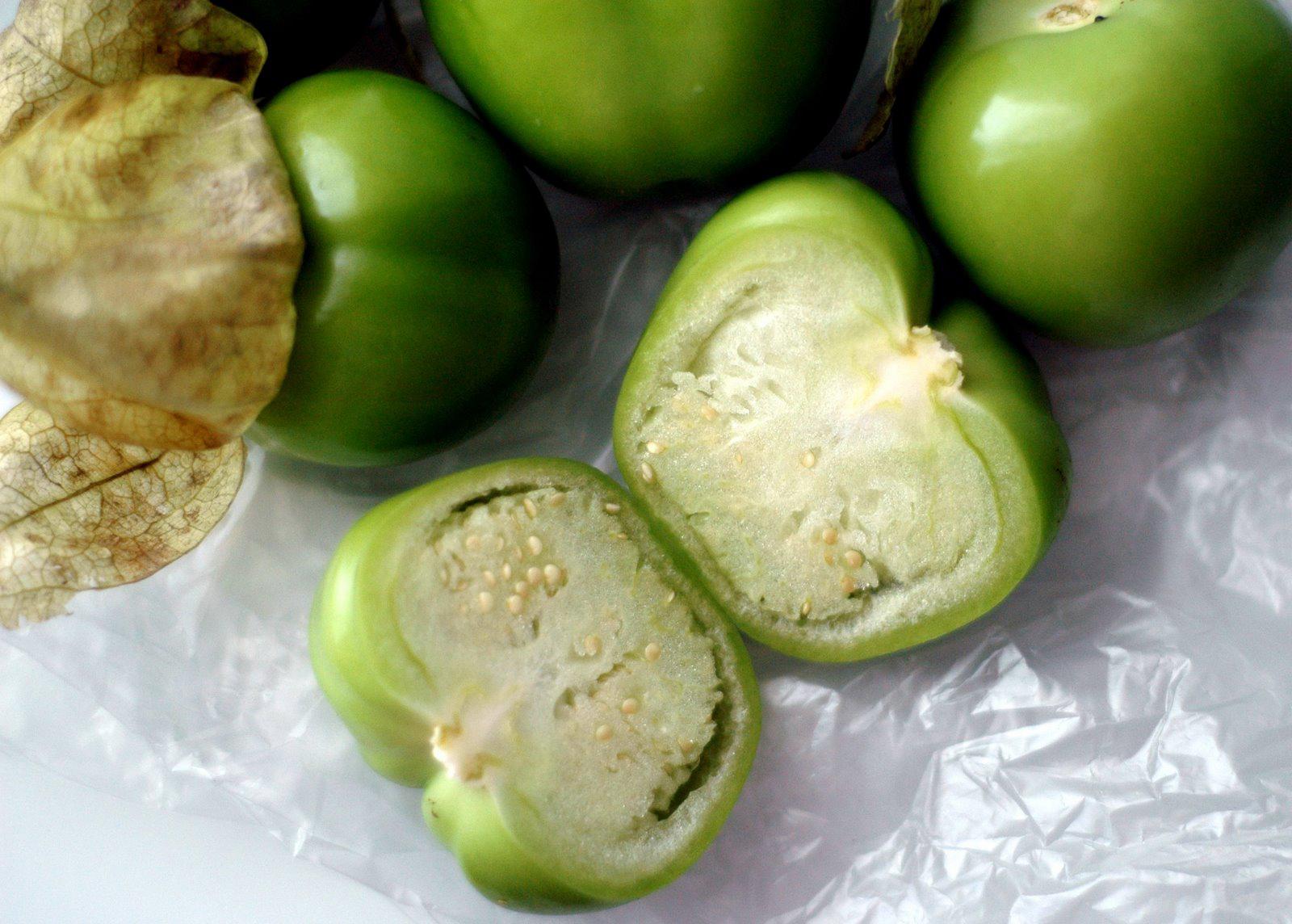 Tomatillo-half-cut