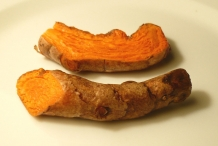 Half-cut-Turmeric-root