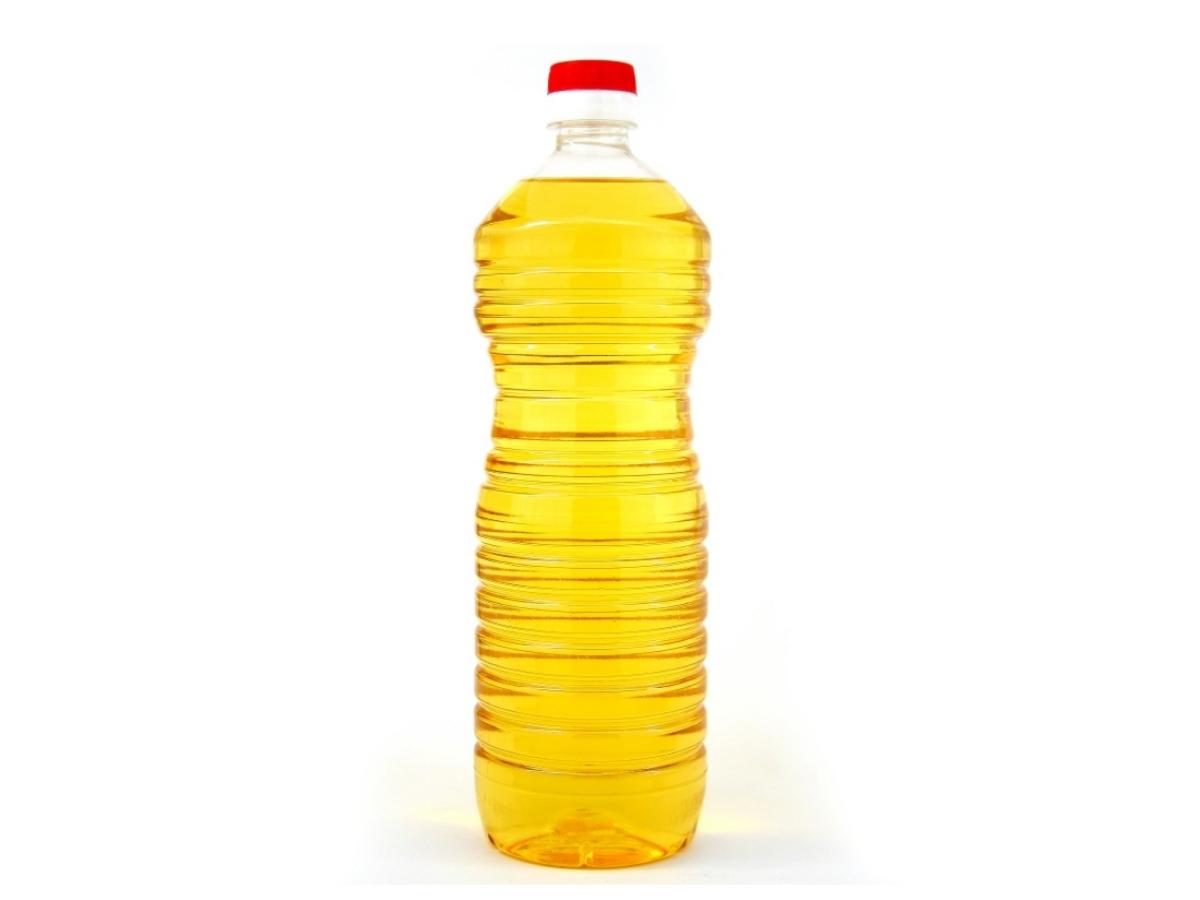 Vegetable-oil-in-a-bottle