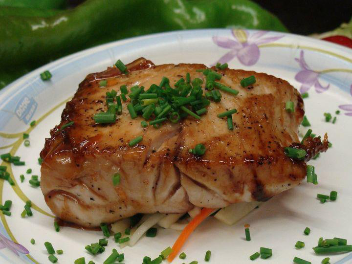 Jelly-Glazed-Yellowtail-fish