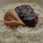 Peanut oats porridge