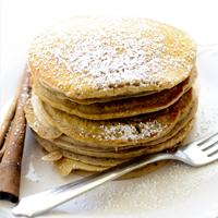 Crêpes à la cannelle et à la purée de pommes &quot;width =&quot; 200 &quot;height =&quot; 200 &quot;/&gt; </a> </strong> </p> <p> <strong> Ingrédients </strong> </p> <ul> <li> 2 tasses de farine tamisée </li> <li> 4 cuillères à café de poudre à pâte </li> <li> 2 tasses d&#39;eau </li> <li> 2 cuillères à soupe de sucre </li> <li> ½ cuillère à thé de sel iodé </li> <li> ½ tasse de compote de pommes à la cannelle </li> <li> ¼ cuillère à café d&#39;extrait de vanille </li> </ul> <p> <strong> Instructions </strong> </p> <ol> <li> Bien mélanger tous les ingrédients secs. </li> <li> Ajouter le reste des ingrédients et battre jusqu&#39;à consistance lisse. </li> <li> Versez une demi-tasse de pâte dans une poêle chaude au téflon ou dans une poêle légèrement huilée. </li> <li> Tournez la crêpe lorsque la surface devient pétillante. Le temps de cuisson par crêpe est de 3 à 5 minutes, selon son épaisseur. </li> </ol> <p> <!-- HBT-after-article --></p> <section class=