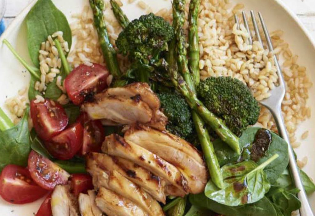 How to make sesame soy chicken with grilled greens healthy recipe healthy food guide forumfinder Gallery